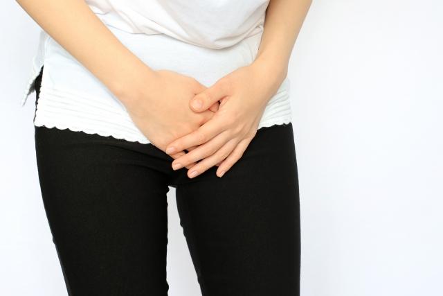 尿漏れを気にする女性
