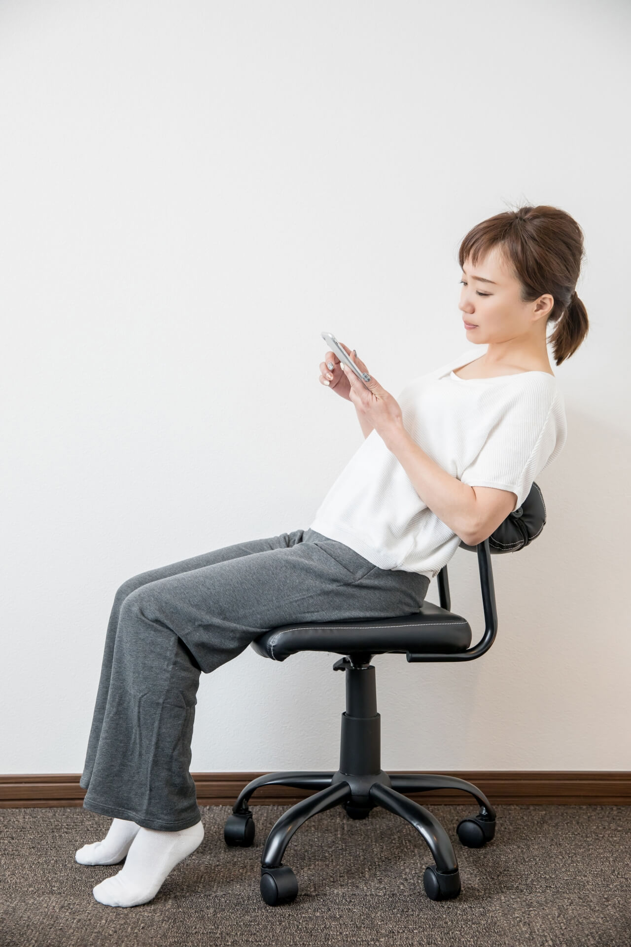 姿勢の悪い座り方